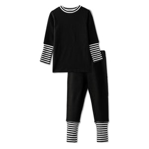 Snug fitting pjs with ribbed accent in black