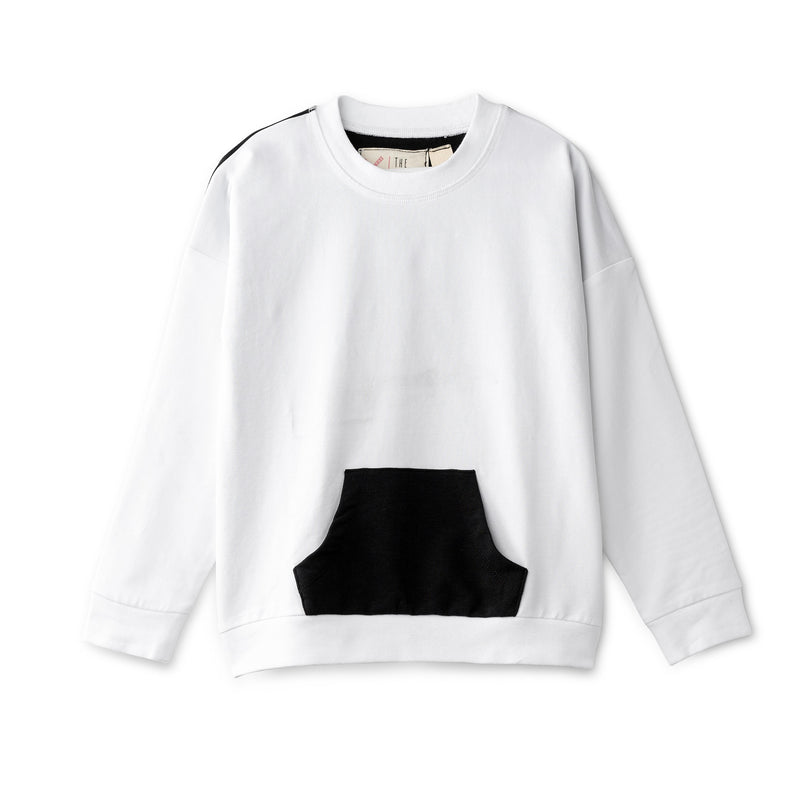 Oversized top in white and black