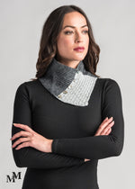 Load image into Gallery viewer, LACE NECK WARMER - Woolshed Gallery