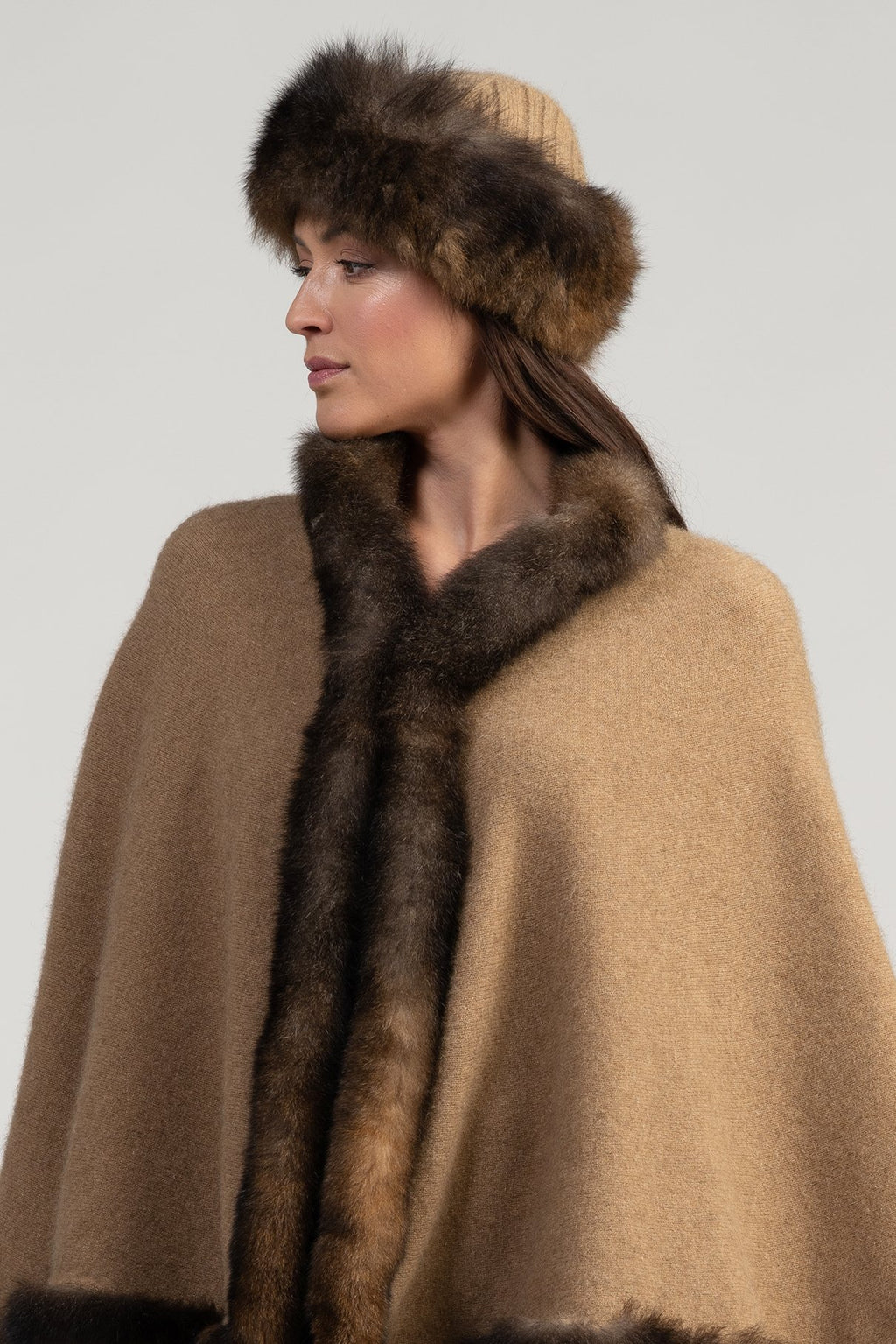 FUR TRIM HAT NATURAL - Woolshed Gallery