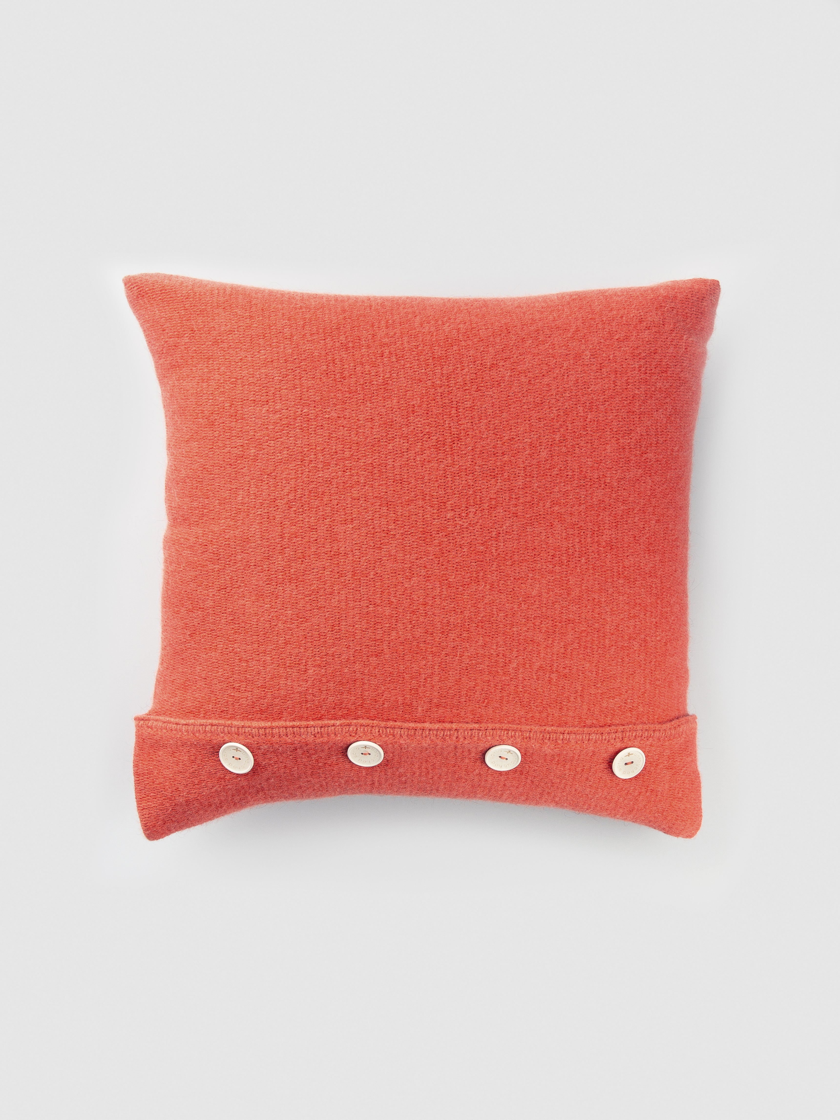 UNTOUCHED WORLD KNIT CUSHION