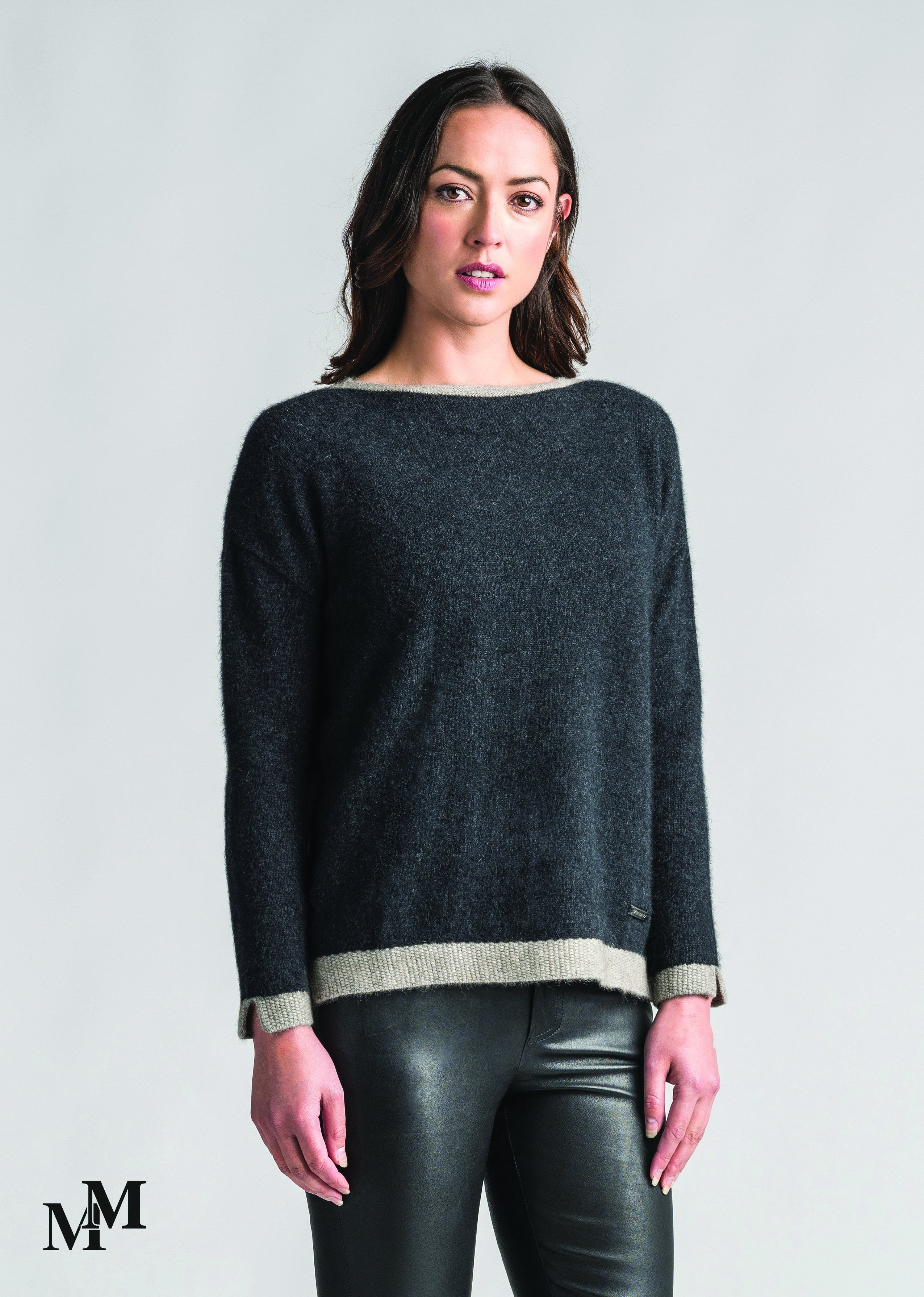 CONTRAST TUNIC (limited sizes)