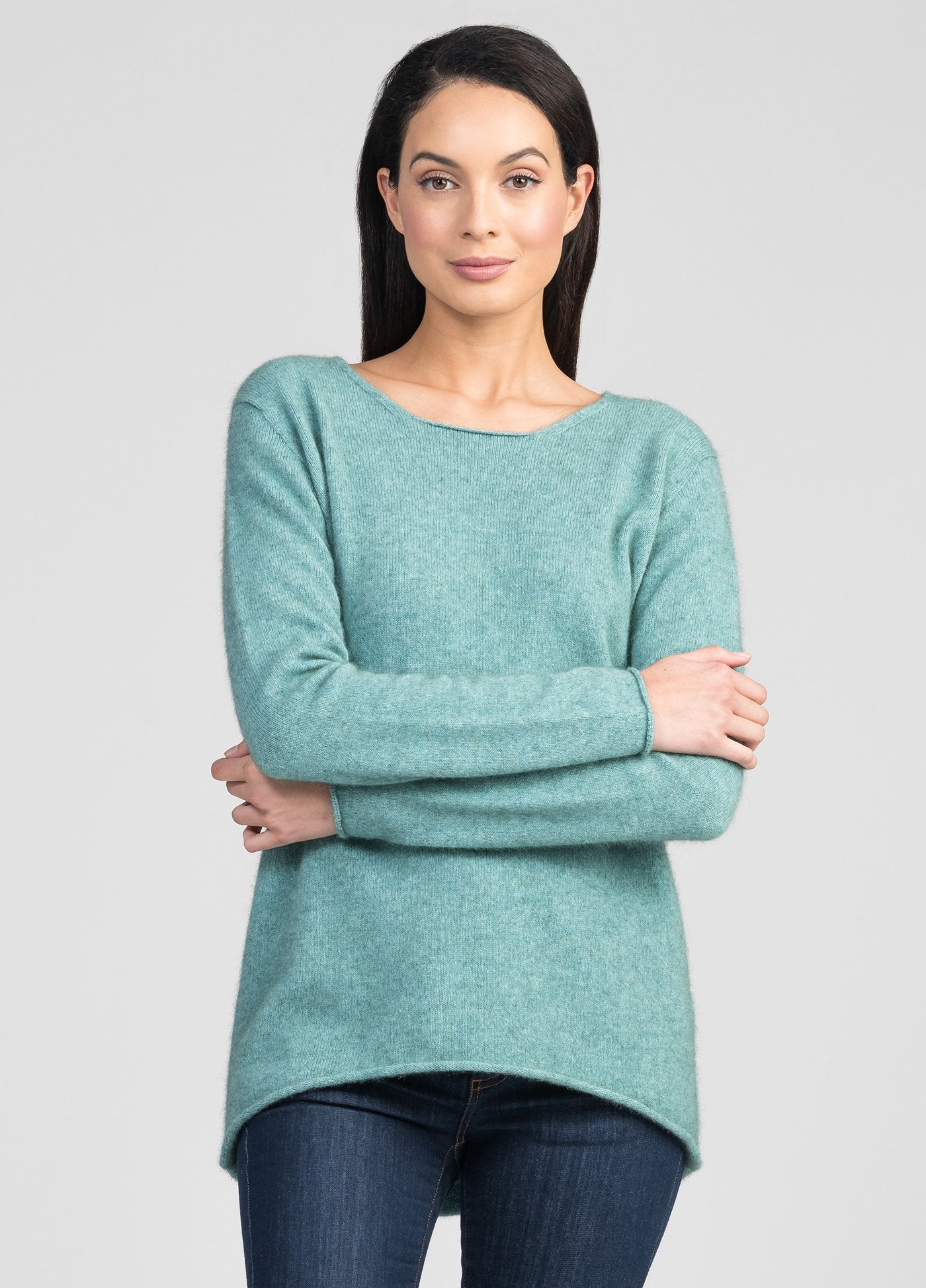 ESSENTIAL SWEATER - Woolshed Gallery
