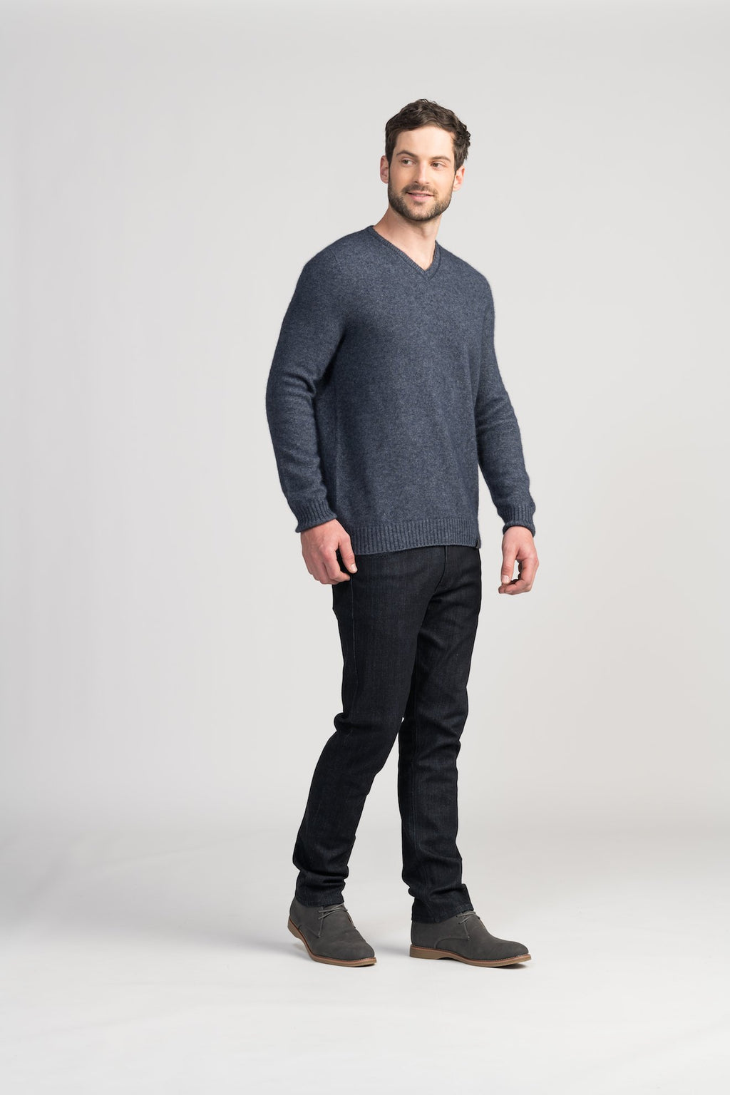 CLASSIC V SWEATER - Woolshed Gallery