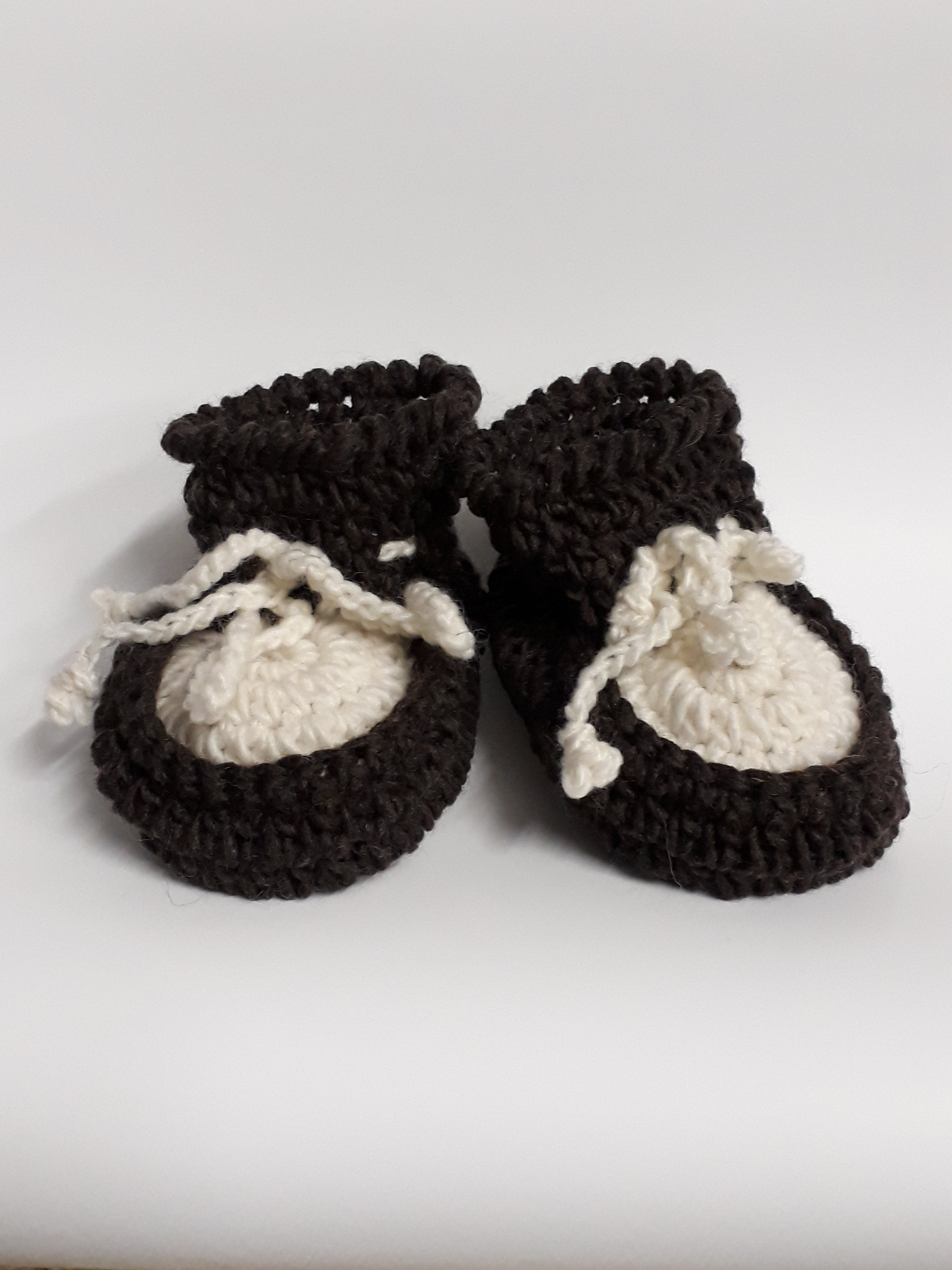 SHEEPSKIN BABY BOOTIES - Woolshed Gallery