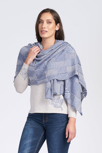 TEXTURED WRAP - Woolshed Gallery