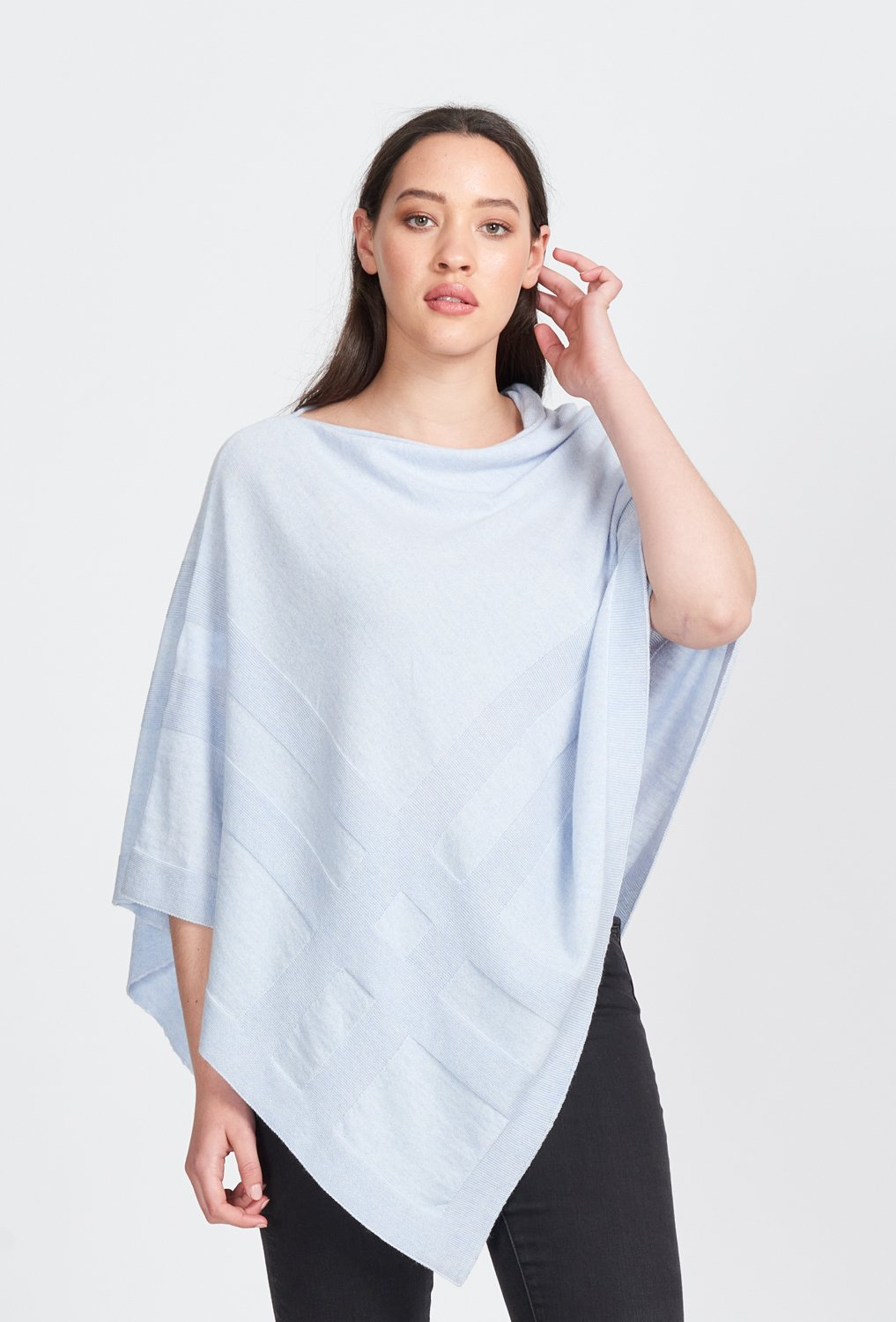 SELF GRID PONCHO - Woolshed Gallery
