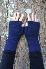 Load image into Gallery viewer, DASH FINGERLESS MITTEN - Woolshed Gallery