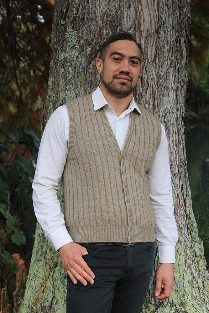 MEN'S RIB BUTTON VEST - Woolshed Gallery