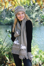 Load image into Gallery viewer, SHEEP SCARF - Woolshed Gallery