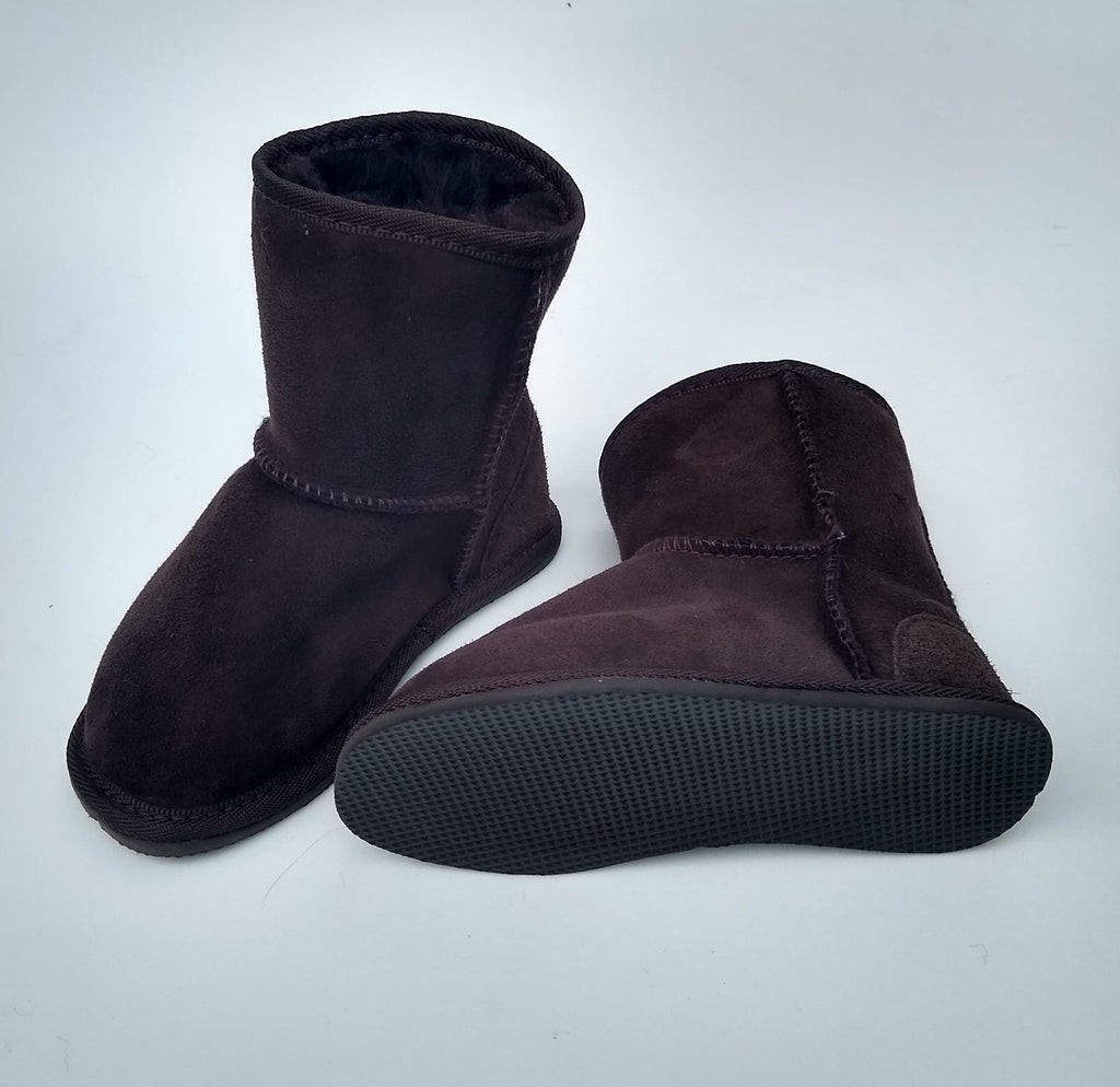 KELLY CHILD'S UGG - Woolshed Gallery