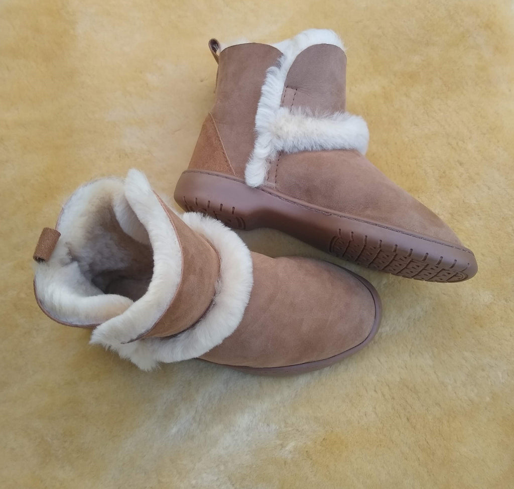 MINI SPILLED WOOL BOOT - Woolshed Gallery