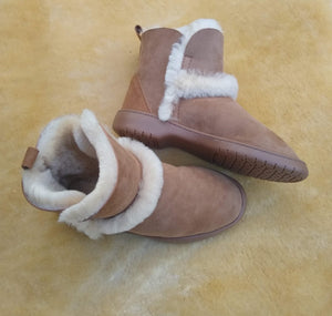 MINI SPILLED WOOL BOOT