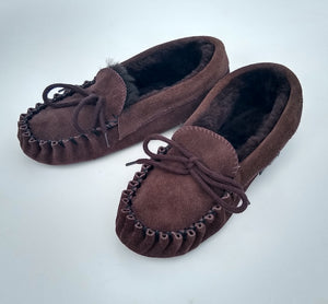 TRADITIONAL MOCCASIN SLIPPER - Woolshed Gallery