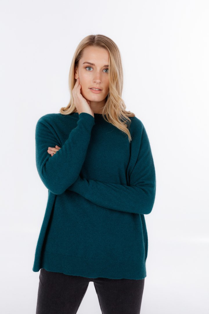 LOUNGE SWEATER - Woolshed Gallery