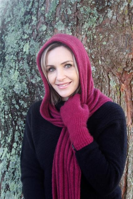 HOODED SCARF - Woolshed Gallery