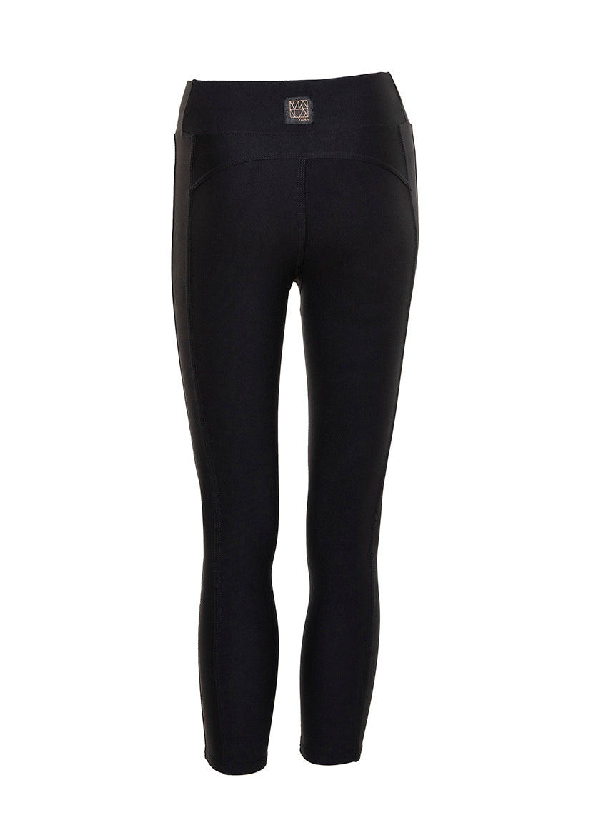 YANA 1.0 3/4 Black Leggings