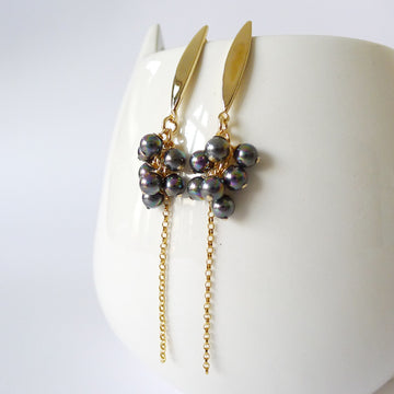 Kalonice Earrings / Shell Pearls