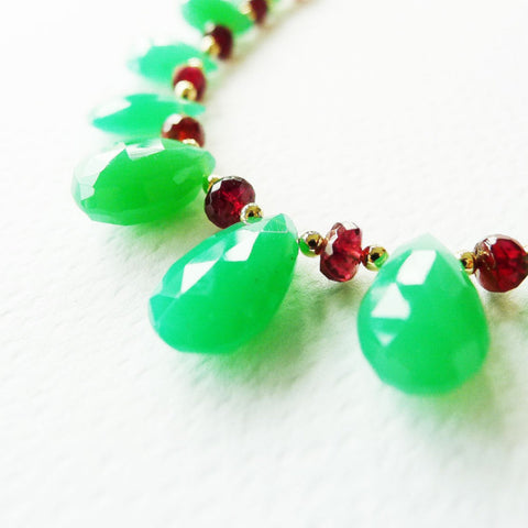 Chrysoprase + Spinel necklace / Gemstones necklace
