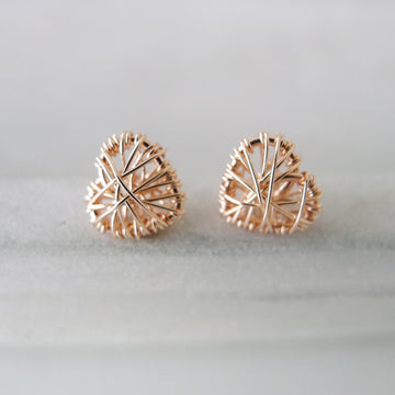 Little Heart Earstuds / 14k Gold-filled