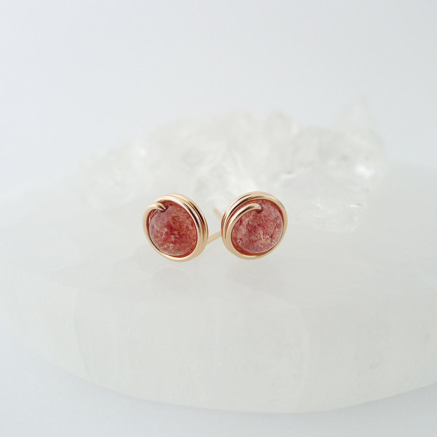 Strawberry Quartz Earstuds (Medium) / 14k Gold-filled