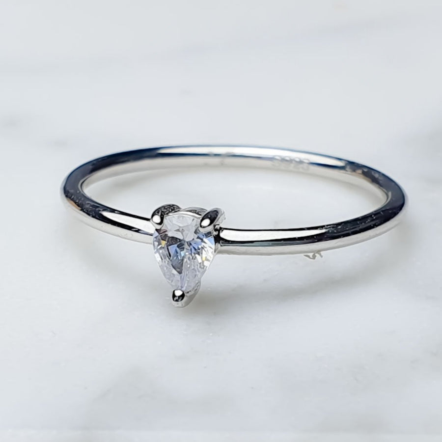 White Topaz ring/ Triangle/ silver