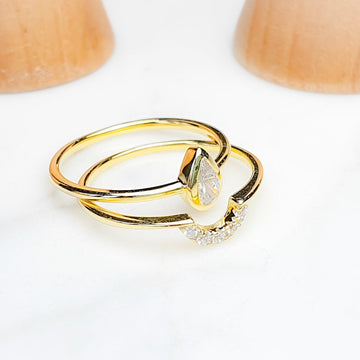 Mia and Mya Twin Band Rings / White Topaz / Yellow Gold