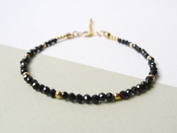 Allysha Stacking Bracelet / Black Spinel