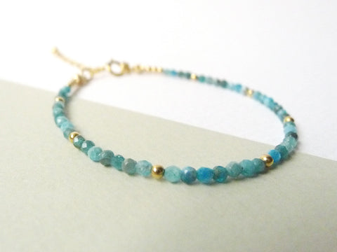 Allysha Stacking Bracelet / Blue Apatite