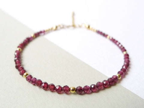 Aliysha Stacking Bracelet / Garnet / 14k Gold-filled