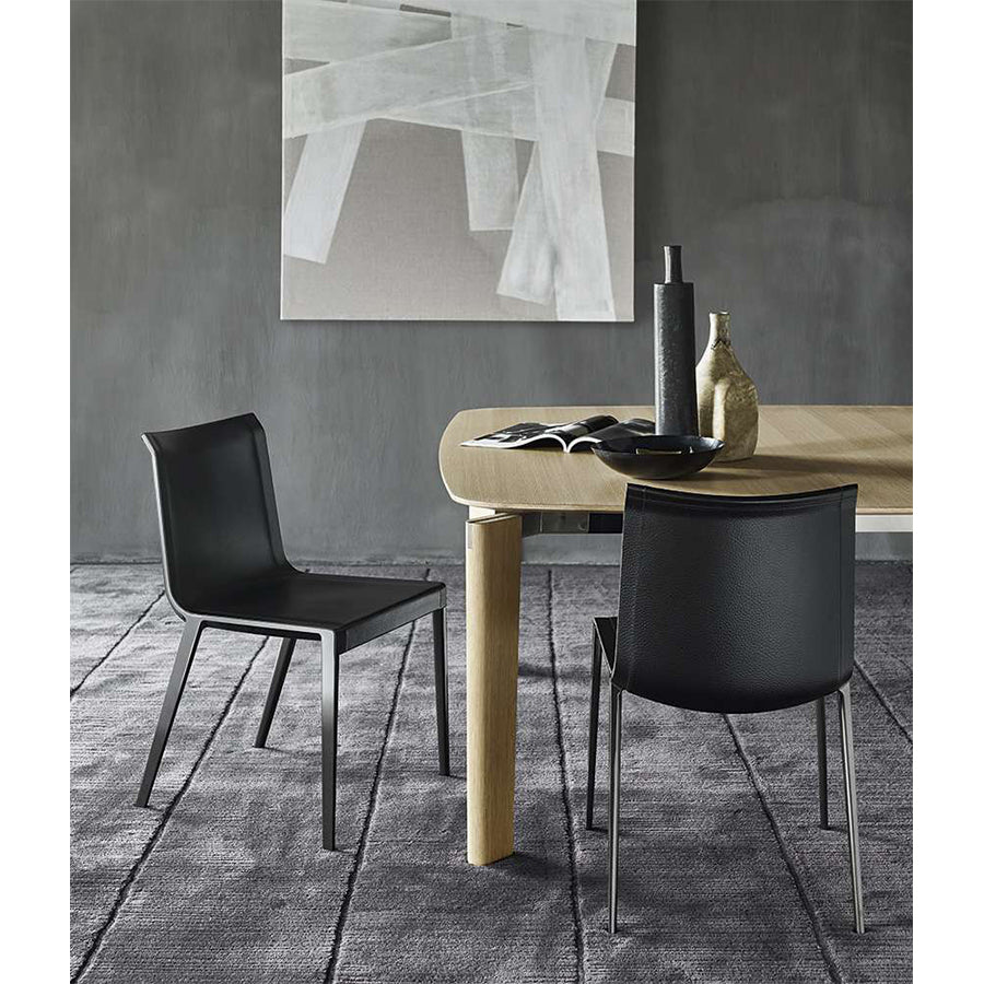 Charlotte Chair In 150 Black Embossed Thick Leather And Black Chromed Legs