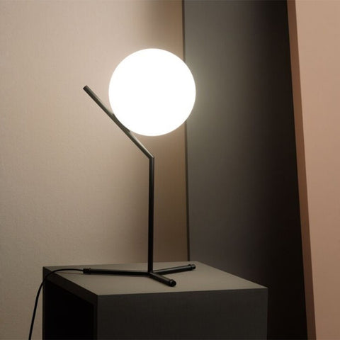 IC T1 High Table Lamp in Matt Black