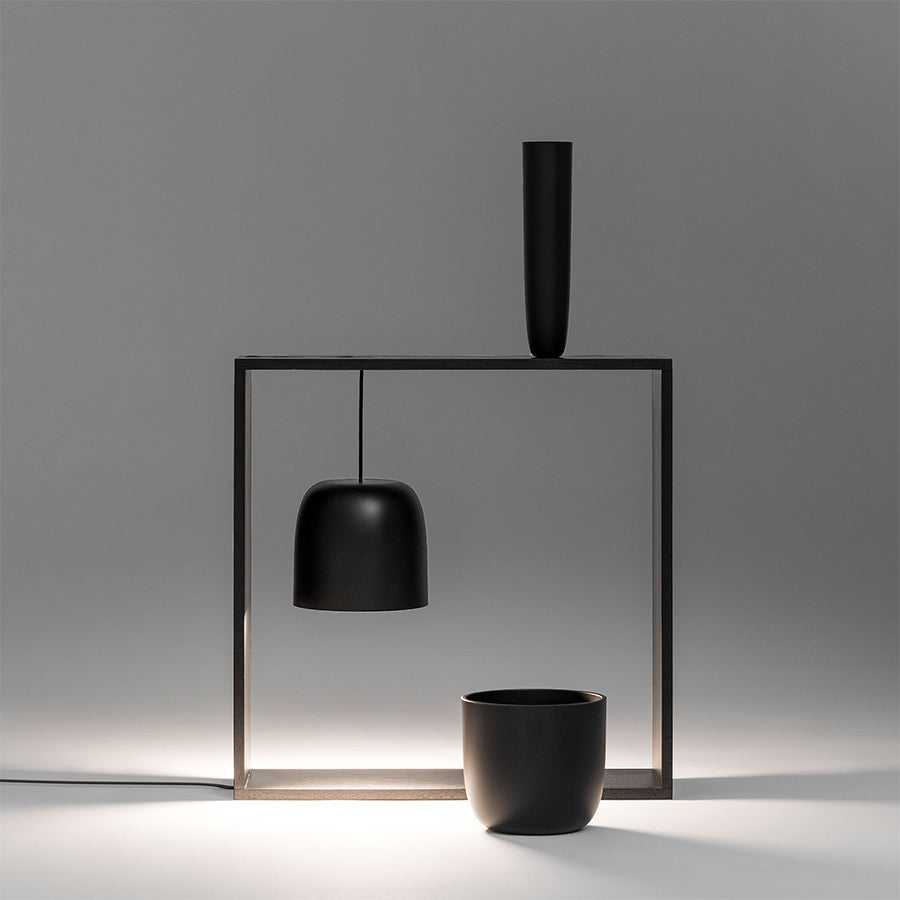 Gaku Wire Table Lamp in Black