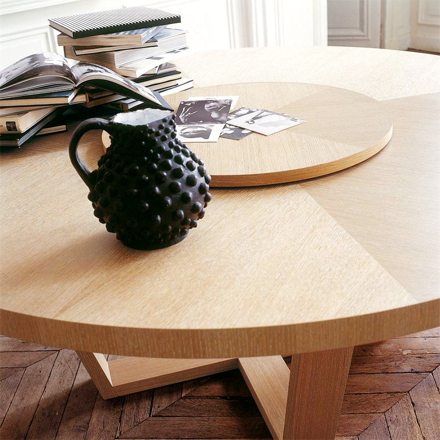 Xilos SMTT16 + SMTG7N Round Dining Table in Brushed Black Oak