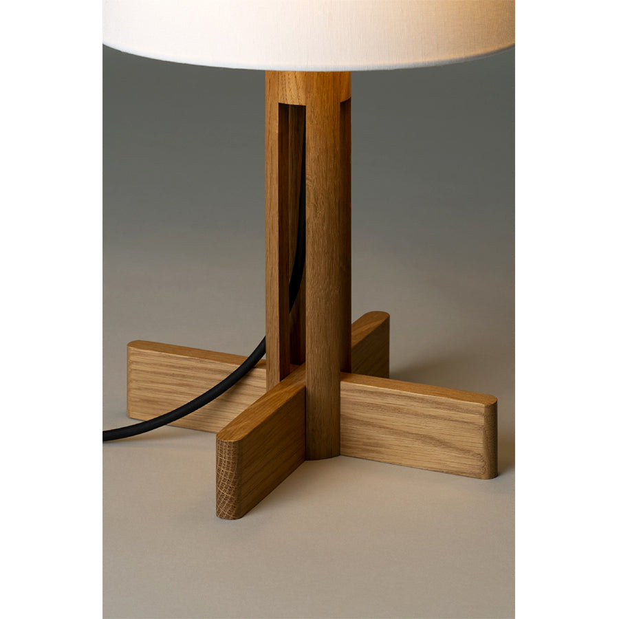 FAD MENOR TABLE LAMP in Natural oak wood and White linen Lampshade