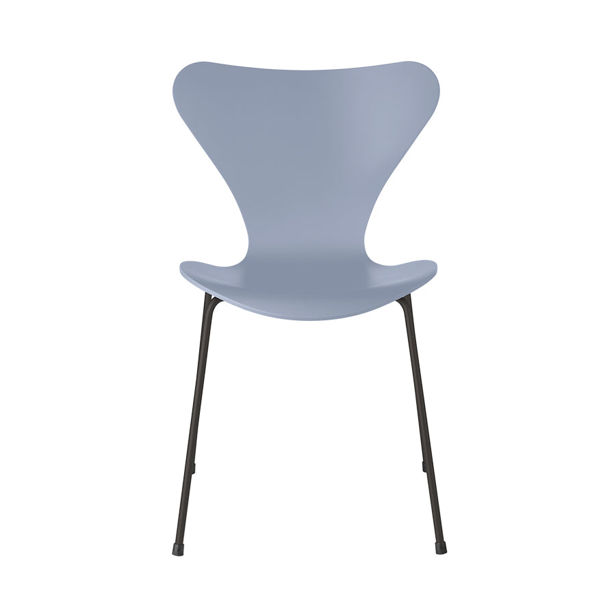 FRITZ HANSEN Series 7 3107 Chair, 500w x 520d x 820h mm, Frame Warm Graphite, Shell Lavender Blue Lacquered 810