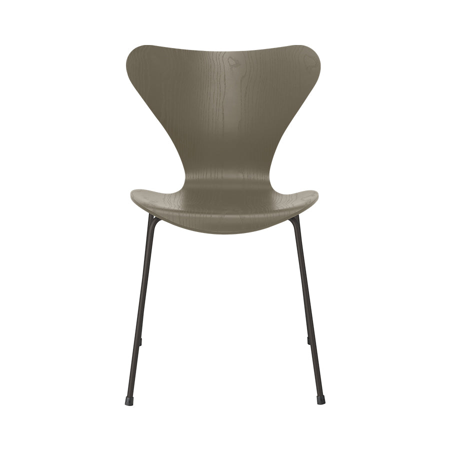 FRITZ HANSEN Series 7 3107 Chair, 500w x 520d x 820h mm, Frame Warm Graphite, Shell Olive Green Coloured Ash 925[ONLINE EXCLUSIVE]