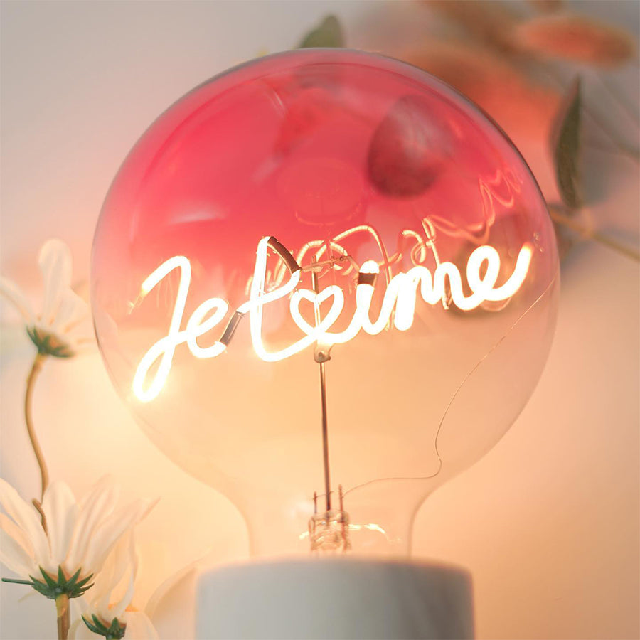 Message in the bulb, JE T'AIME in plated Pink