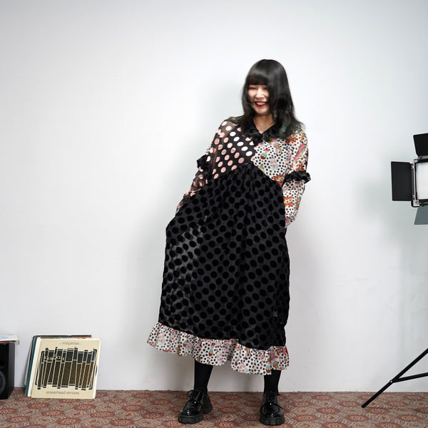 No:UP2020AW1119 | Name:Retro Ruff Collar Stitching polka Dot Illustration print Dress | Color:Black Multi | 【UNLOGOCAL POEM】