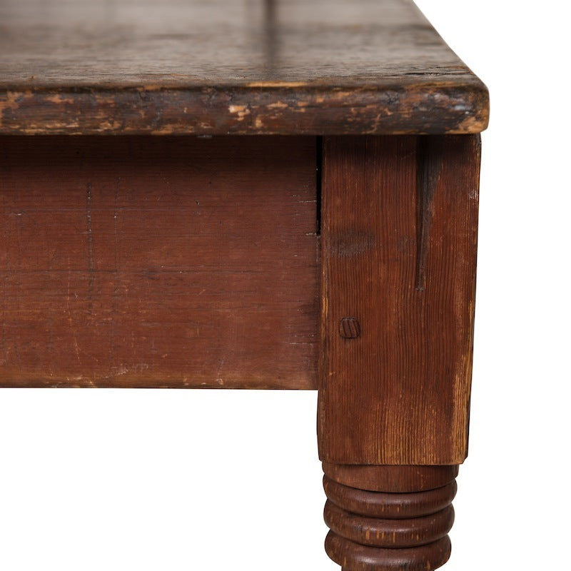 Hannigan Table
