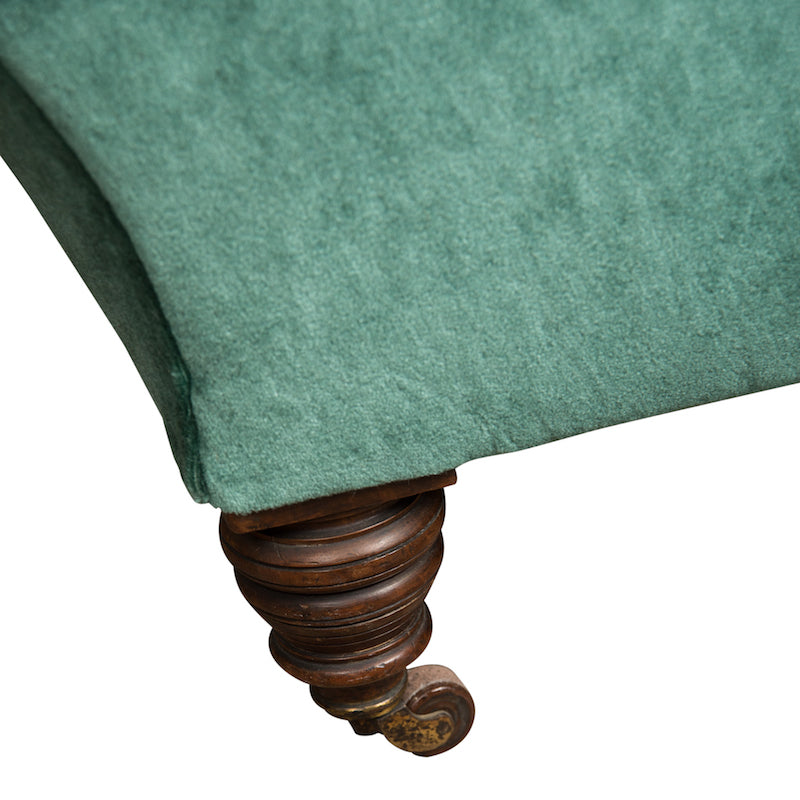Dowler Fainting Couch