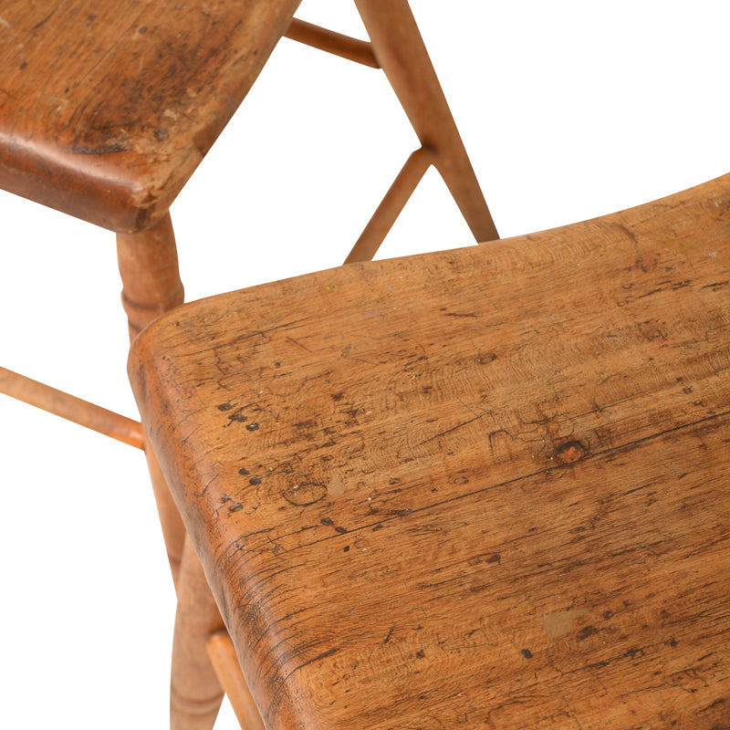 Kroes Wooden Chair
