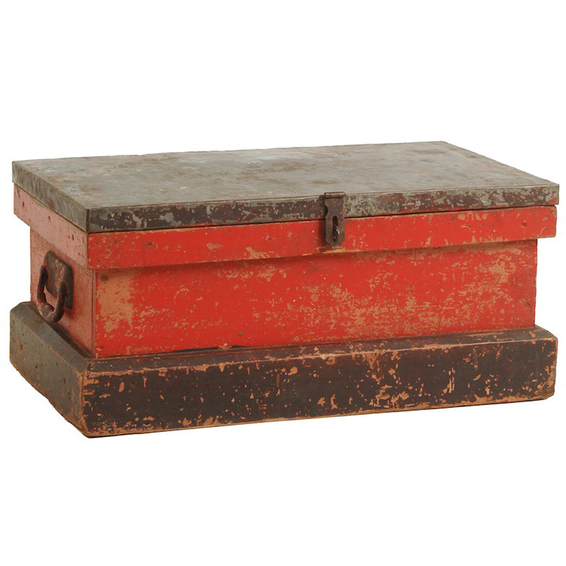 Stater Red Trunk