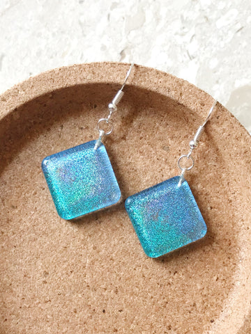 Holographic Dangles (Diamond)