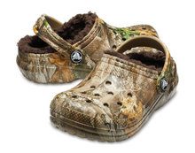 Load image into Gallery viewer, Kids Classic Fuzz Lined Realtree