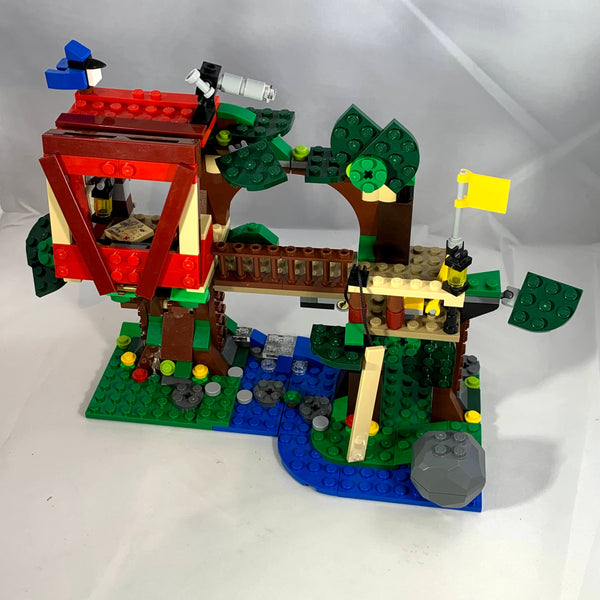 31053 Treehouse Adventures [USED]