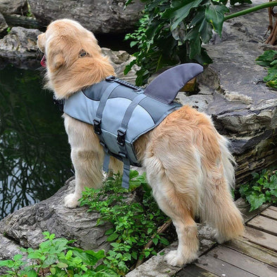 Dog Life Jacke Fish & Shark Style with Adjustable Soft Rubber Handle