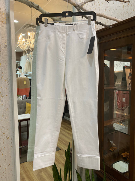 WHITE PULL-ON JEANS