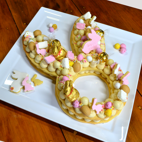 Image of bunny face cake