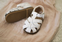 Load image into Gallery viewer, Quinn Sandal White - Hard Sole
